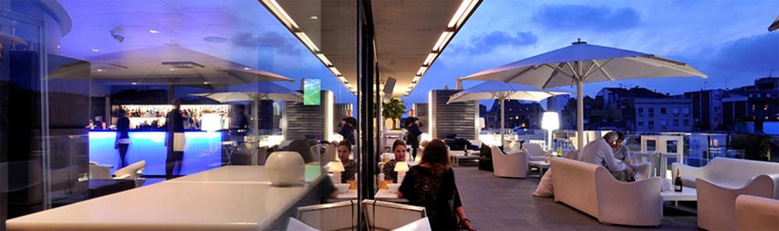 Manteminieto terraza madera Barcelona Alaire Hotel España